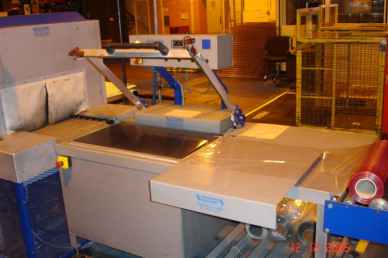 L Sealer and Shrink Tunnel Machine Image